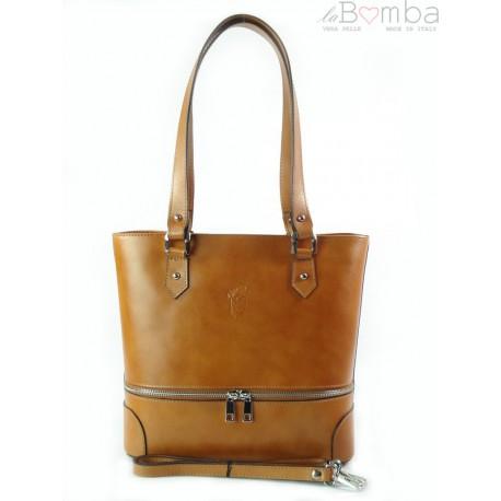 Porządna,praktyczna włoska torebka na ramię a4 camel V335C