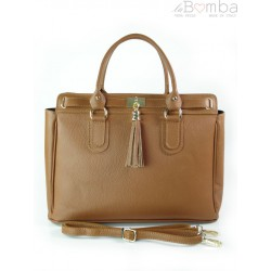 Włoska duża skórzana torebka A4 z frędzlem Vera Pelle Camel BERK4C