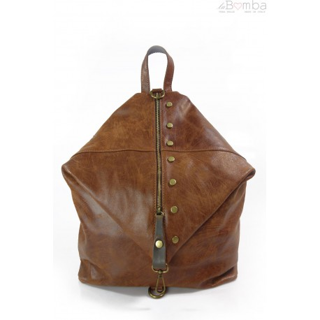 Włoski plecak , worek Vera Pelle,patynowe okucia,pojemny A4 brązowy W642M